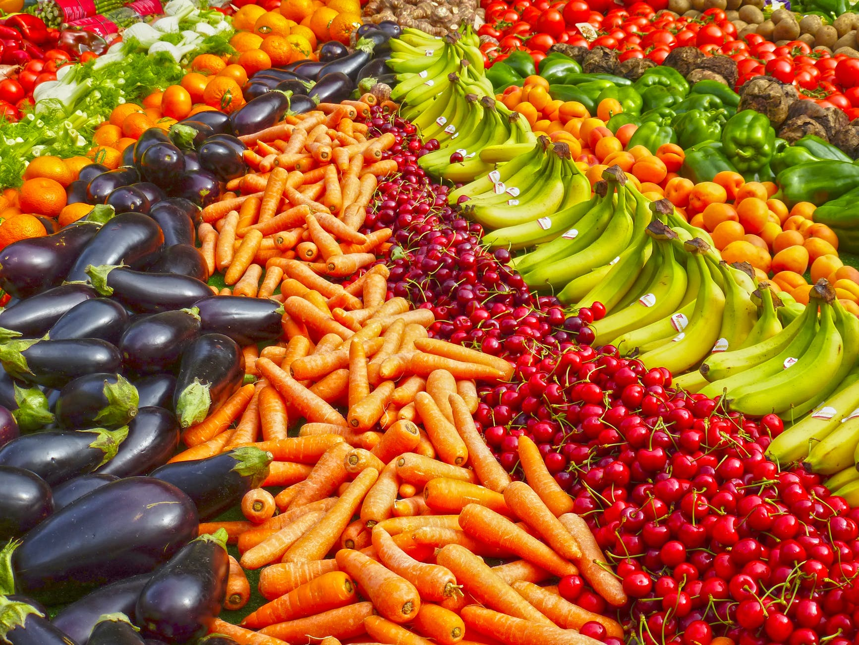 A pile of fruit and vegetables